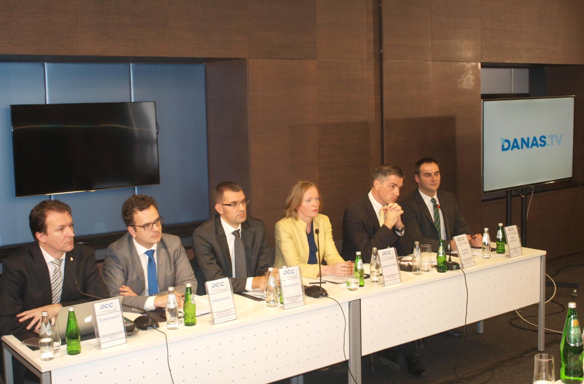 zivotno-osiguranje-i-uloga-medija-konferencija-danas-dcc