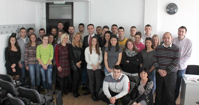 predavanje-studentima-fpps-u-ovom-sadu-centar-za-osiguranje-uz-podrsku-wiener-staedtische-osiguranja-3